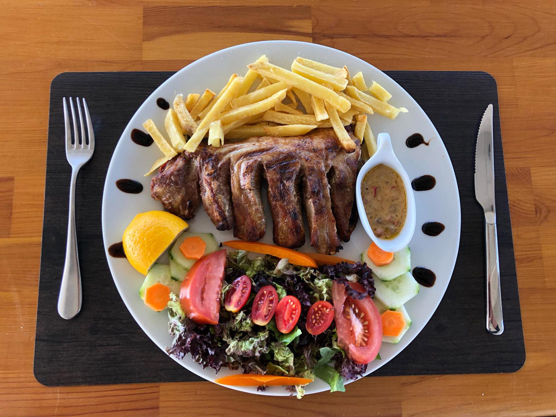 Paros Restaurant